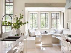 Architect Jeffrey Dungan THE NATURE OF HOME: Creating Timeless Houses   Esszimmer  Weiß Landhausstil Interior