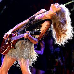 Taylor Swift Live in Perth on the Speak Now Tour