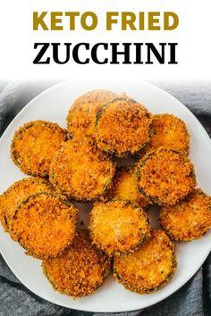 Low Carb Zucchini Recipes, Low Carb Zucchini Fries, Low Carb Veggies, Fried Zucchini Chips, Zucchini In The Oven, Pan Fried Zucchini, Zucchini Keto Recipe, Air Fryer Recipes Low Carb, Fries In The Oven