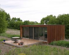 The Arado weeHouse, a modern prefab cabin with 336 sq ft, was the original weeHouse by Alchemy Architects |