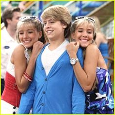 Twins from Suite Life of Zack and Cody Zack E Cold, Hot Lifeguards, Suit Life On Deck, Old Disney Channel, Dylan And Cole, Dylan Sprouse, Suite Life, Old Shows, American Greetings