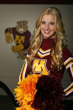 University of Minnesota Hockey Cheerleading cutie Katie! College Cheer, Ice Girls, Hot Cheerleaders, Cheer Pictures, Blonde Women, Celebrity Makeup, Cheerleading, Minnesota, Things That Bounce