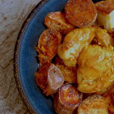 Quick, Easy and delicious One tray turmeric chicken…