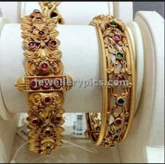 Indian bride jewellery