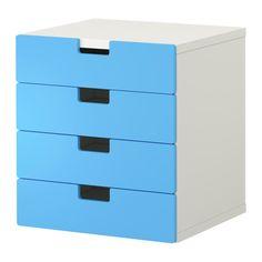 IKEA - STUVA, Kommode, hvit/blå, , Barnevennlig høyde på oppbevaringen gjør det enklere for barn å nå og holde orden på tingene.Gjør oppbevaringskombinasjonen din mer personlig ved å kombinere flere dører og skuffefronter i forskjellige farger.Står støtt også på ujevne gulv siden justerbare føtter er inkludert.