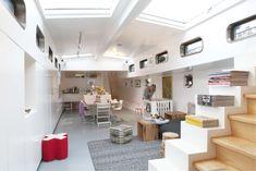 interior houseboat amsterdam