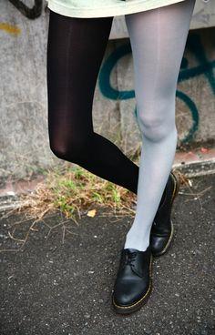 2 tone tights. I need 'em.