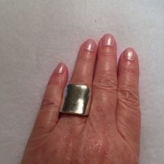Vintage 925 Sterling Gorgeous Ring size 7.5 Beautiful Sterling Silver 925 large vintage statement ring. See pics for weight and size.  Condition: Pre-Owned, Good, Wear Consistent Thank You for visiting BlackBeards Lost Treasure App Store of Urbandale Iowa where all Treasures are Pre owned/used, examined, & researched (5>=90 hrs). We have spent hours searching the USA for our Treasures. Most Treasures are a rare find and can not be replaced. Our Treasures were all pre-loved and were cherished…