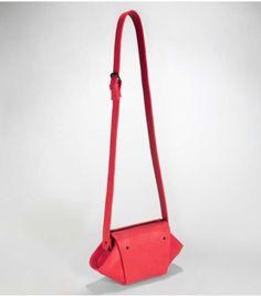 Diamond Handbag by Fleet Ilya Striking but modern. Fashion Shoes, Shoe Bag, Modern, Handbags, Diamond, Totes, Hand Bags, Bags, Purses