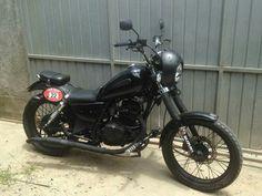 Intruder 125 Honda Bobber, Bobber Motorcycle, Bobber Chopper, Motorcycles, Brat Cafe, Bmw K100, Beetle Car, Ride Or Die, Custom Bikes