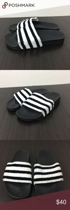 6c25ed5fbed418 ... SIZE 4 GOOD PREOWNED CONDITION ADIDAS ADILETTE TERRY CLOTH SLIDE  SANDALS SIZE 4Y (FITS WOMENS 6) Has some dirt spots on the corner of the  left shoe ...