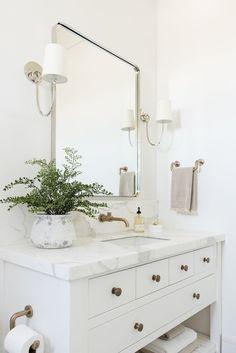 California Traditional Project - Studio McGee Guest Bathrooms, Modern Bathroom, Small Bathroom, Luxury Bathrooms, Minimalist Bathroom, Dream Bathrooms, White Bathroom Decor, White Vanity Bathroom, Contemporary Bathrooms