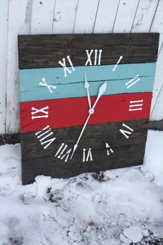Wall Clock | Pallet Furniture DIY