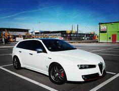 Alfa Romeo 159 Sportwagon, Alfa 159, Wagon Cars, Alfa Romeo Cars, Cars And Motorcycles, Planes, Vehicles, Sport Cars, Chairs