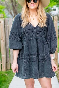 Acid-Wash Denim Dress and a Boater Hat for KC Homes & Style. | LSR Fashion Group, Only Fashion, Party Fashion, Boho Fashion, Girl Fashion, Fashion Outfits, Stylish Outfits, Cute Outfits, Boater Hat