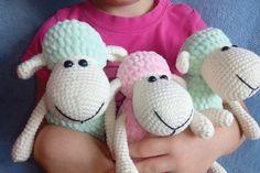 Free amigurumi sheep plush toy pattern