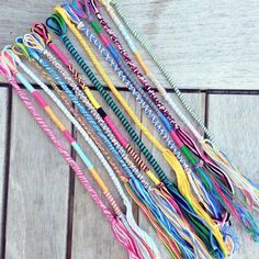 The sterling silver bracelets have been very popular amongst ladies. These bracelets are offered in different shapes, sizes and styles. Diy Bracelets With String, Yarn Bracelets, Embroidery Bracelets, Bracelet Crafts, Ankle Bracelets, Hippie Bracelets, Homemade Bracelets, Diy Bracelets Easy, Summer Bracelets
