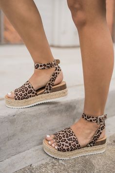 """Leopard Or Not"" Flatform Sandals ""Leopard Or Not"" Flatform Sandals,Shoes! ""Leopard Or Not"" Flatform Sandals Women's Shoes, Me Too Shoes, Strappy Shoes, Shoes Style, Casual Shoes, Shoes Sneakers, Platform Shoes, Trendy Shoes, Flat Shoes"