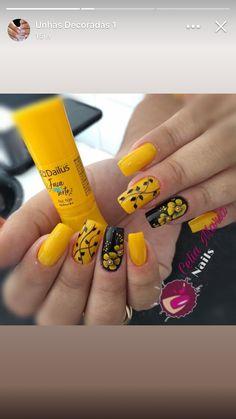 Pedicure Designs Toenails Cute New Ideas Work Nails, Aycrlic Nails, Hair And Nails, Colorful Nail Designs, Beautiful Nail Designs, Nail Art Designs, Toe Nail Color, Nail Colors, Fancy Nails
