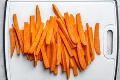 Air Fryer Sweet Potato Fries, Frozen Sweet Potato Fries, Making Sweet Potato Fries, Sweet Potato Side Dish, Potato Sides, Potato Side Dishes, Oven Fryer, Air Frier Recipes, Cooking Sweet Potatoes