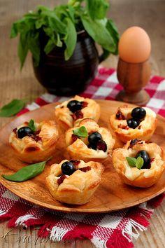 Puff pastry muffins, bulgarian recipe