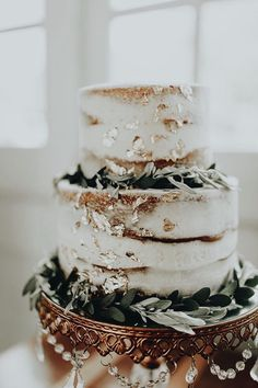 Wedding Cake Ideas We can't get enough of naked cakes! Wedding Goals, Boho Wedding, Wedding Planning, Wedding Day, Cake Wedding, Elegant Wedding, Drinks Wedding, Trendy Wedding, Rustic Wedding Cakes