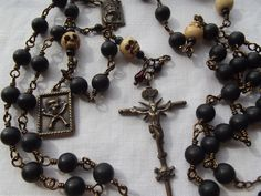 Rosary ~ momento mori {remember your mortality}