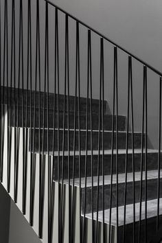 --- interesting railing for any balcony or stairway. You can see how easy it is t © João Morgado-- stairs.--- interesting railing for any balcony or stairway. You can see how easy it is to do, rather than straight verticals. Metal Stair Railing, Stair Handrail, Staircase Railings, Stairways, Banisters, Metal Handrails, Interior Staircase, Staircase Design, Stair Design