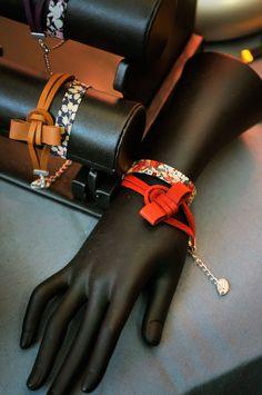 La rumeur Blonde Blond, Bangles, Bracelets, Gloves, Leather, Jewelry, Art, Fashion, Noel