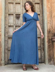 Shop organic, eco-chic women's apparel, including dresses, skirts, shirts, pants, and more. Our clothing is custom made to order with organic and fair-trade fabrics and eco-friendly dyes