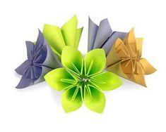 Skládané květiny z papíru DIY / Flowers from paper DIY Diy Paper, Paper Crafts, Crepe Paper, Diy Flowers, Homemade Gifts, Origami, Spring, Advent, Internet
