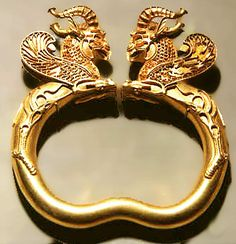 GlitzQueen Newsletter on Antique and Vintage Rings and Bracelets
