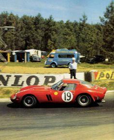 Pierre Noblet / Jean Guichet, #19 Ferrari 250 GTO, 24 Hours Le Mans 1962 (2nd)