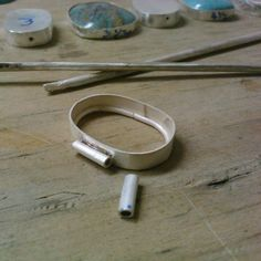 Trustworthy sought homemade boat plan try this web-site Soldering Jewelry, Jewelry Tools, Wire Jewelry, Beaded Jewelry, Silver Jewelry, Handmade Jewelry, Jewelry Design, Jewellery, Metal Jewelry Making
