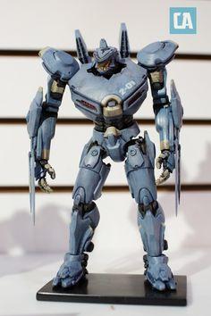 Pacific Rim Jaeger ' Striker Eureka' toy