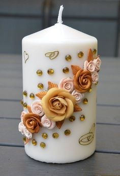 Great Screen Birthday Candles art Suggestions From birthday celebrations so that you can birthday parties, on a yearly basis most people Homemade Candles, Diy Candles, Pillar Candles, Candle Decorations, Candle Factory, Henna Candles, Wedding Unity Candles, Candle Art, Glass Bottle Crafts