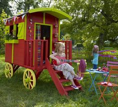 Gypsy Caravan Playhouse. This is the most amazing playhouse ever! @Natalie Schmidt, tell me you don't love this...