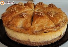 Greek Sweets, Greek Desserts, Greek Recipes, Baklava Cheesecake, Baklava Recipe, Greek Baklava, Greek Cooking, Sweet Tooth, Good Food
