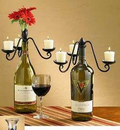 Uma ideia diferente e sustentável. Para decorar a mesa para um jantar romântico, ou uma recepção mais acolhedora para os amigos degustarem um delicioso cordeiro, regada da muito vinho!