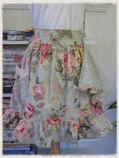 Romantic Cabbage Roses Waist Apron