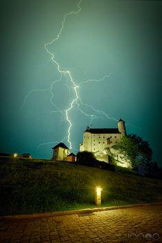 Zamek Bobolice / Bobolice #Castle #thunder