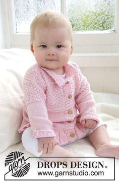 Veste DROPS en point structuré et bordure volantée, en Baby Alpaca Silk. Modèle gratuit de DROPS Design.