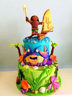 Moana cake Moana Birthday Party, Moana Party, Birthday Parties, Birthday Ideas, Disney Themed Cakes, Disney Cakes, Moana Theme, Hawaiian Luau Party, Twin First Birthday