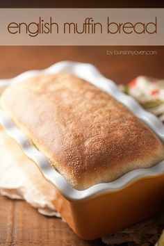 Homemade English Muffin Bread - tastes just like an english muffin! Sounds yummy can't wait to try this. English Muffin Bread, Homemade English Muffins, Bread Machine Recipes, Bread Recipes, Cooking Recipes, Bolacha Cookies, Pain Pizza, Bread Bun, Bread And Pastries