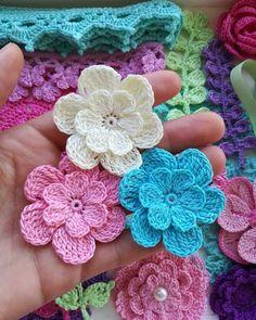 Simply How to Crochet a Puff Flower - Patchworkdecke Sitricken Irish Crochet, Crochet Motif, Crochet Designs, Easy Crochet, Crochet Stitches, Crochet Hooks, Crochet Patterns, Crochet Ideas, Crochet Puff Flower