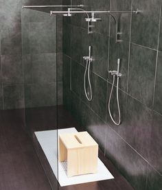 TATAMI - Designer Shower trays from Ceramica Flaminia ✓ all information ✓ high-resolution images ✓ CADs ✓ catalogues ✓ contact information ✓. Tatami, Minimalist Design, Bathtub, Showers, Shower Trays, Interior Design, Bathroom, Surface, Check