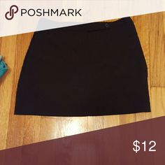 Black mini skirt Pre-owned mini skirt stretch material 77% rayon 20% nylon 3 send Lycra spandex. Very chic. Express Skirts Mini