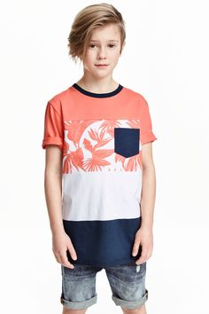 Printed T-shirt: T-shirt in soft, printed jersey.