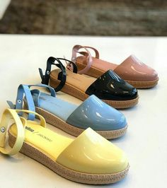 Novas cores da Melissa Espadrille... Não estamos sabendo lidar! . by ciamar_ . . . . #melissa #melissadodia #melissaoficial… Cute Shoes Heels, Ugly Shoes, Sock Shoes, Women's Shoes Sandals, Sneakers Fashion, Fashion Shoes, Plastic Shoes, Melissa Shoes, Caged Sandals