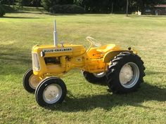Allis-Chalmers D-10 Industrial Tractor Antique Tractors, Vintage Tractors, Allis Chalmers Tractors, Small Tractors, Ih, Farming, Remote, Industrial, Trucks